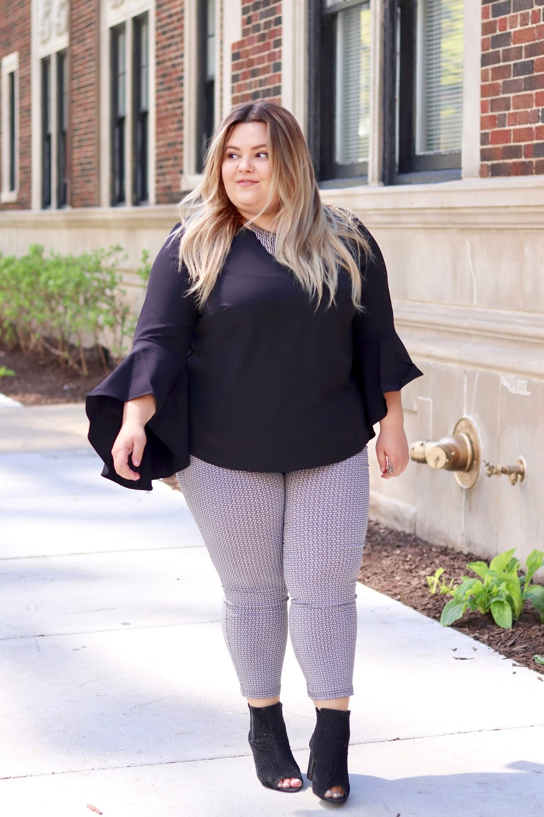 bell sleeves, plus size fashion, plus size fashion for women, plus size affordable clothes, Natalie Craig, Natalie in the city, Chicago blogger, Chicago style, Chicago fashion, eloquii, eloquii elbow flounce top, plus size office attire, plus size work attire, plus size office outfit, work wardrobe, fashion, confidence and curves