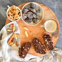 Biscotti de café, nozes, castanhas do pará e figos secos