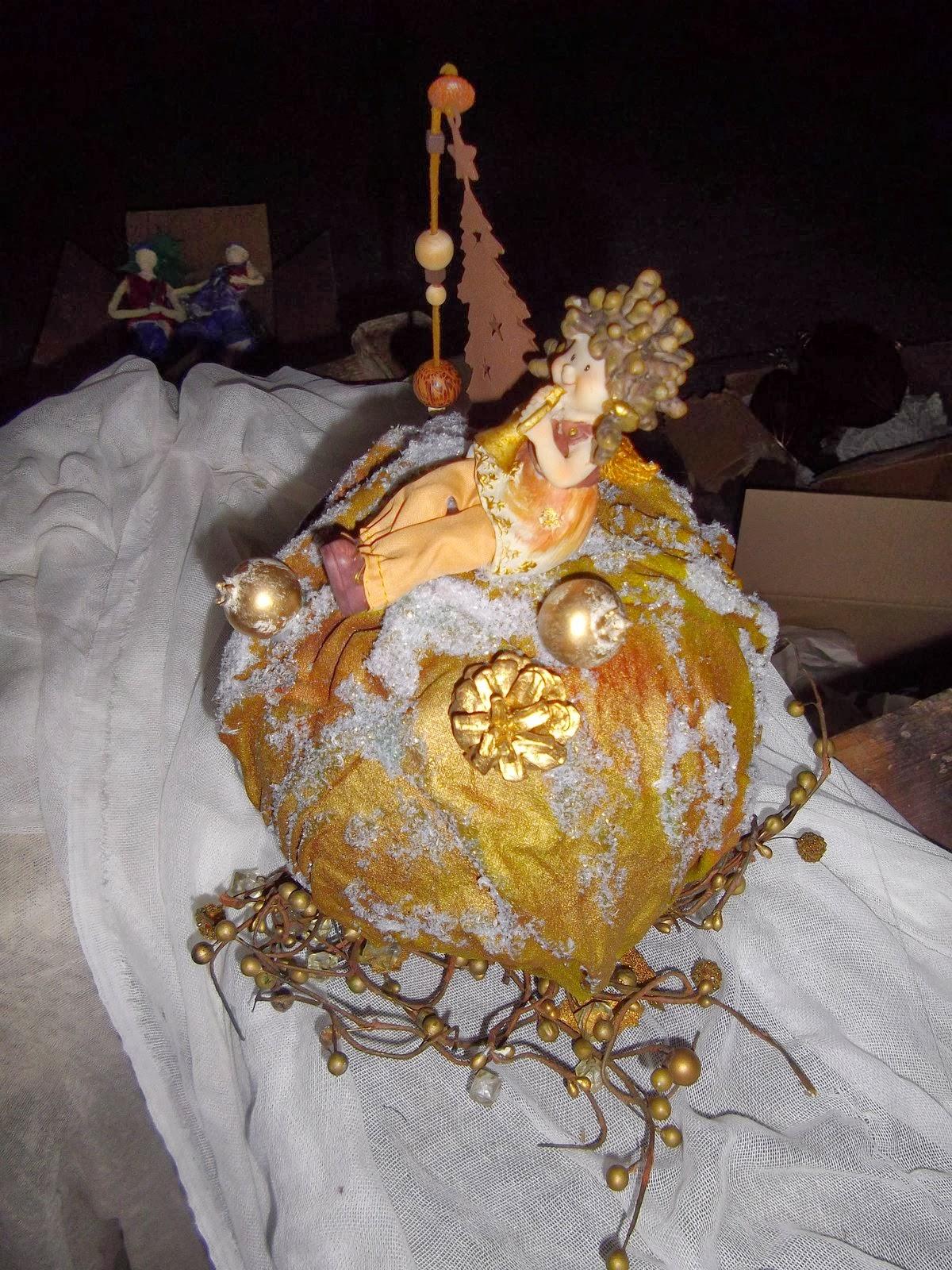 3b3d8c01895 Amanda's Handmade Creations: Χριστουγεννιάτικη επιτραπέζια μπάλα ...