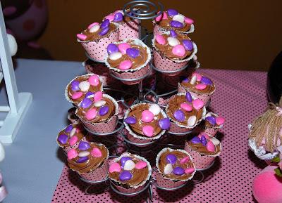 cupcakes marrom e rosa