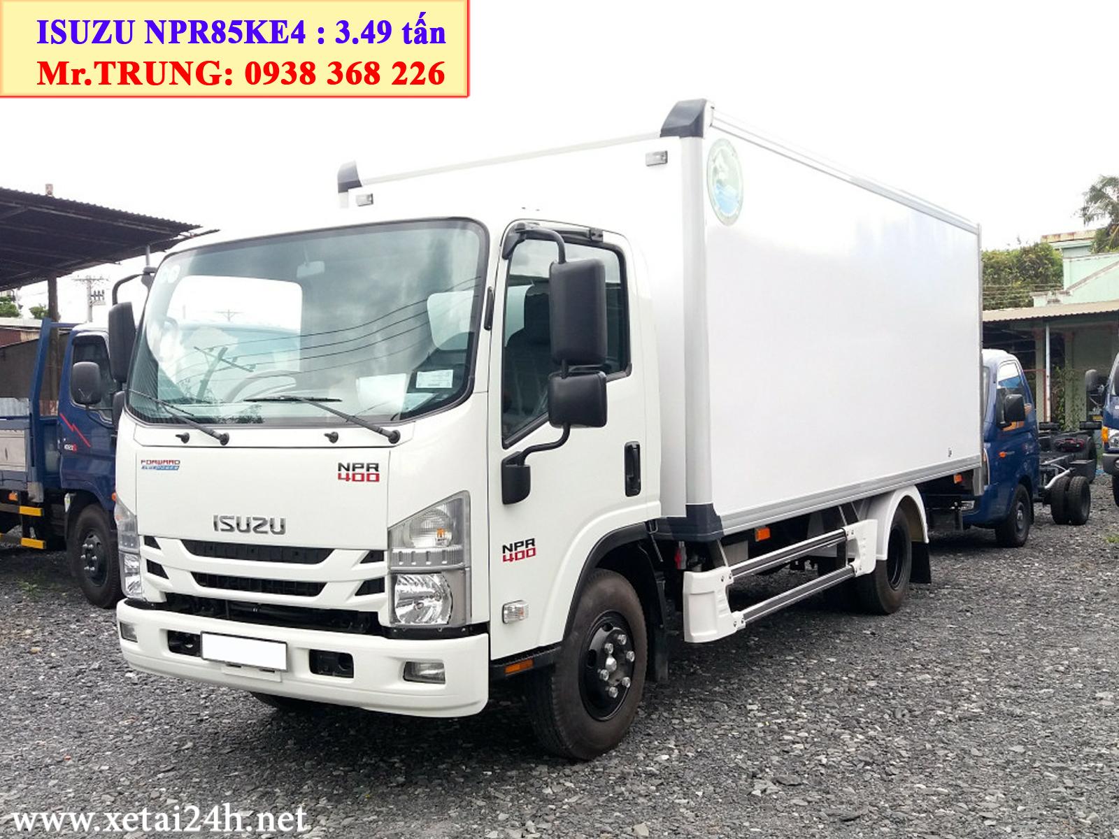 Xe tải Isuzu NPR85KE4 thùng kín 5m7 tải trọng 3t5