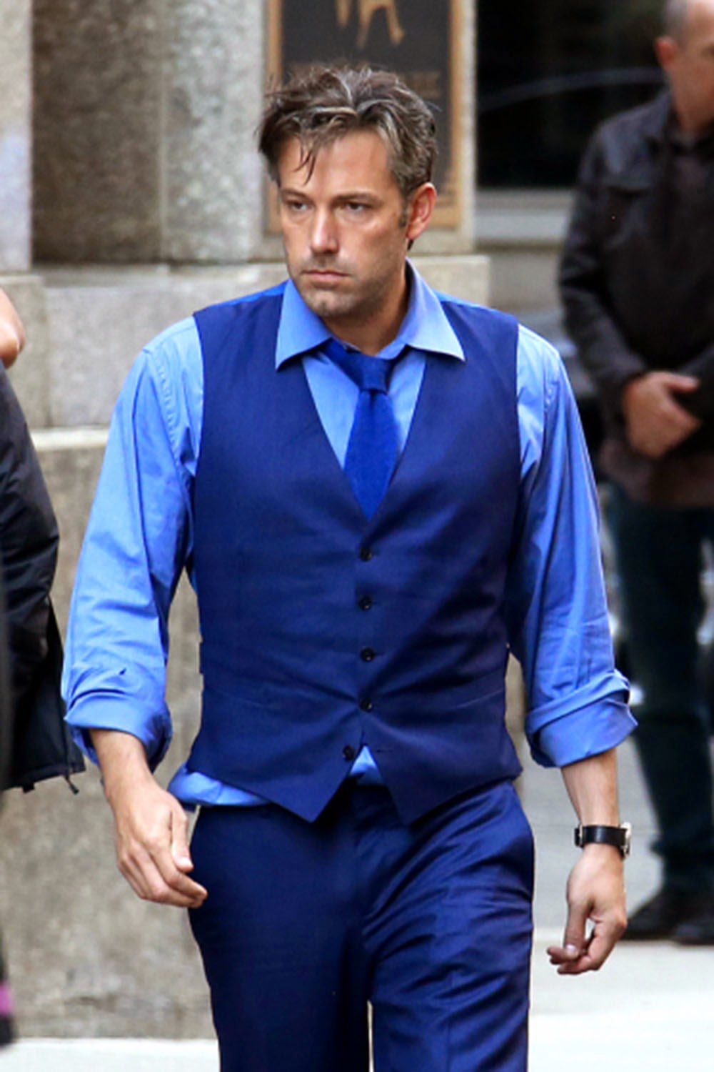 Batfleck set leak Bruce Wayne blue suit Ben Affleck
