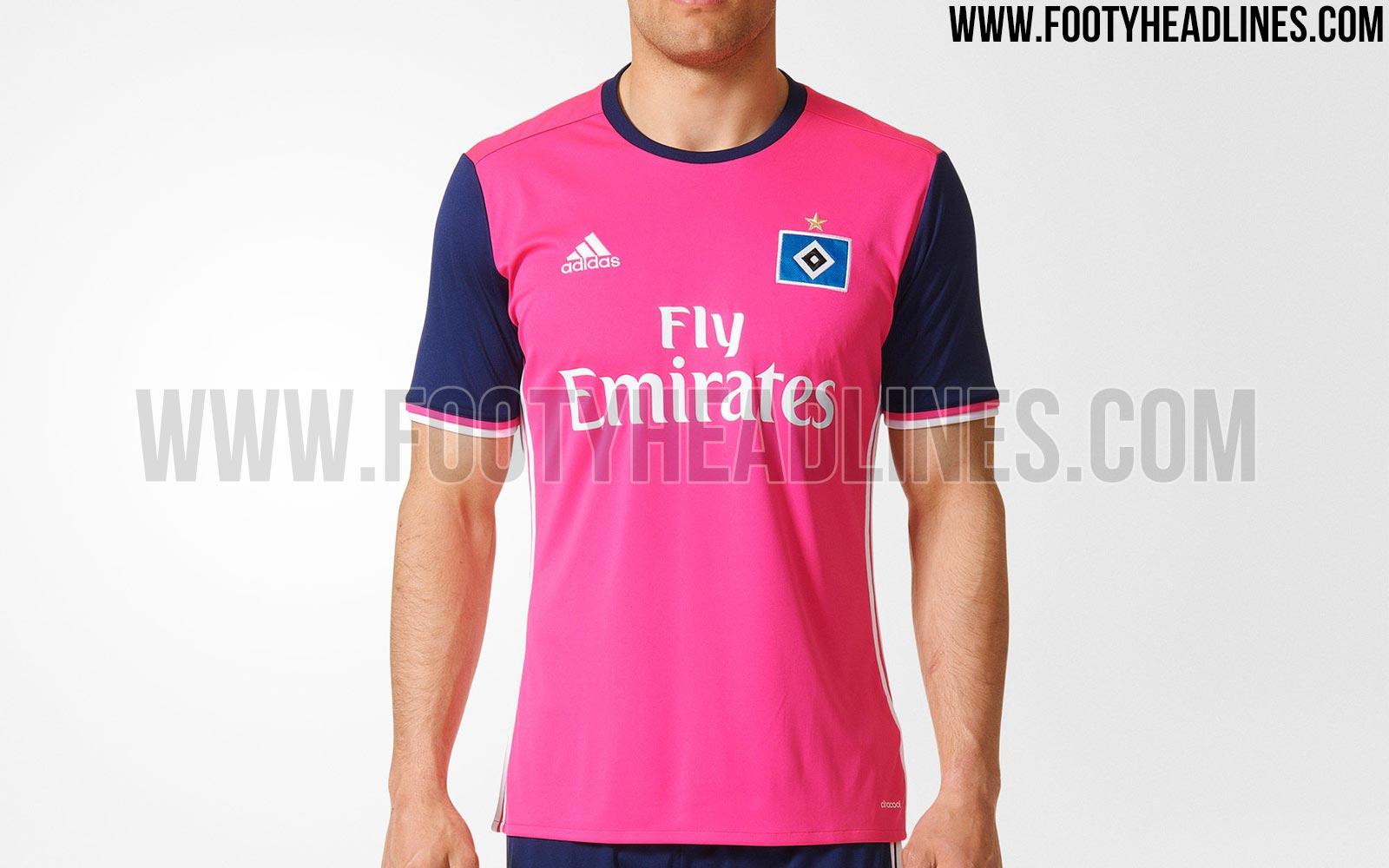 ... quando a equipe também tinha um uniforme nesta tonalidade. O clube do  norte alemão ainda não divulgou de forma oficial bc04b462836ce