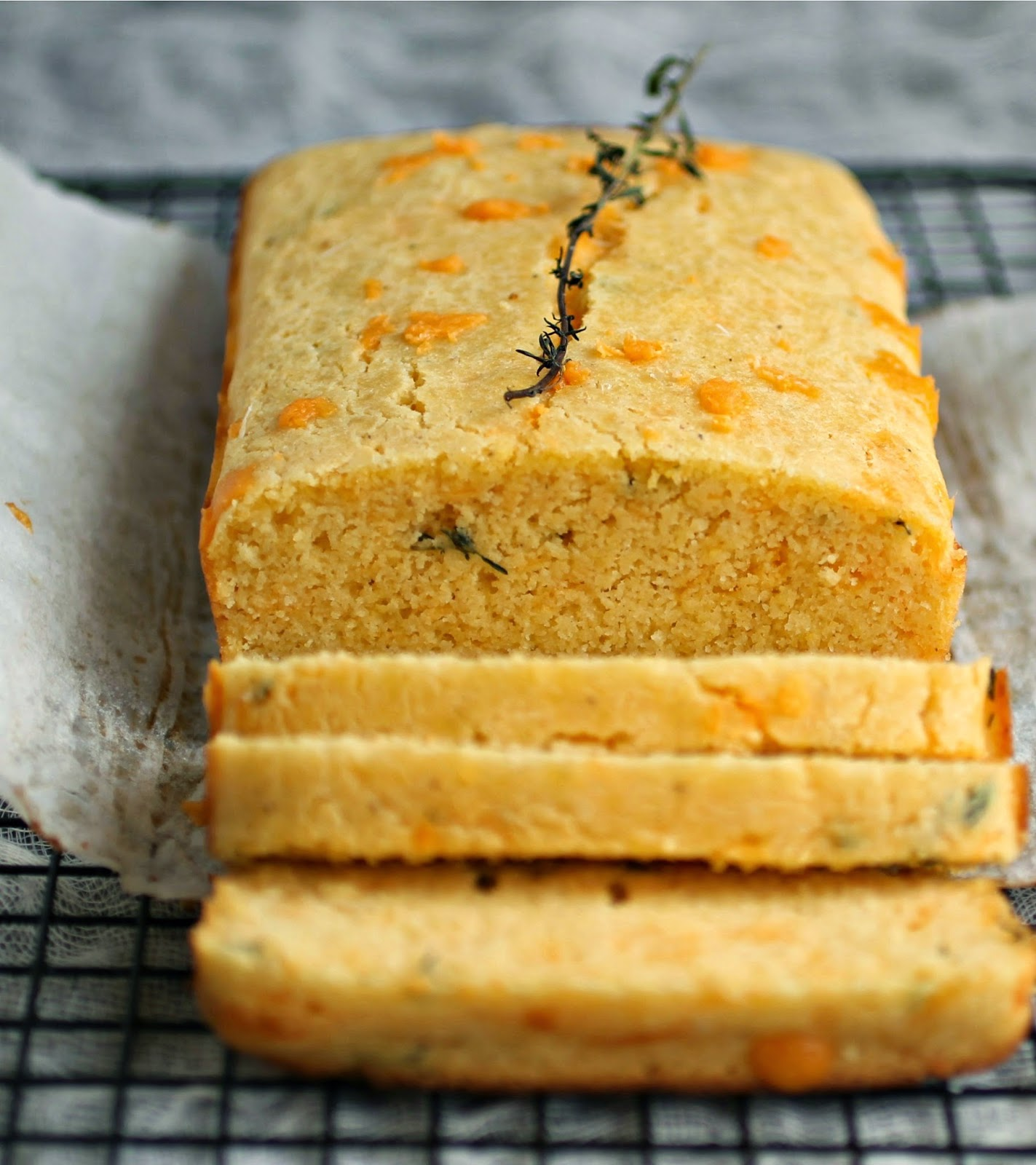 Cheddar and Thyme Cornbread Loaf
