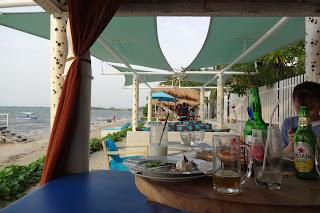 Makan di Ocean View Residence