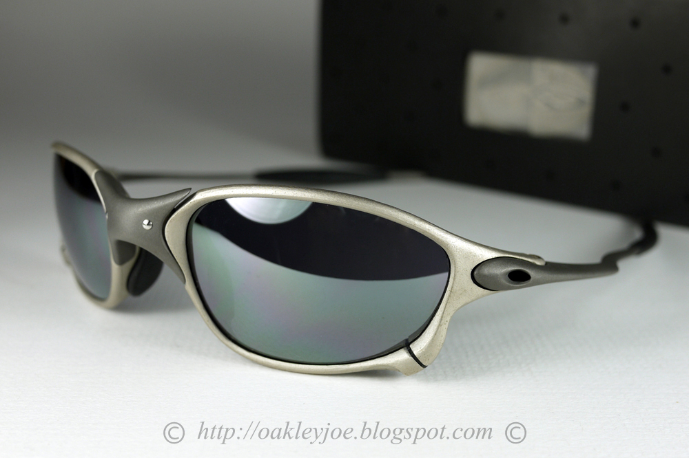 98626a93dfc Singapore Oakley Joe s Collection SG  X-Metal XX