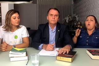 http://vnoticia.com.br/noticia/3234-preservar-constituicao-e-unir-sociedade-sao-prioridades-de-bolsonaro