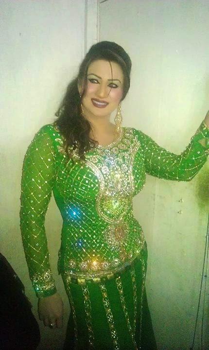 Punjabi nude mujra dance - 2 1