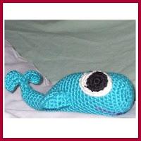 Ballena ojos azules amigurumi
