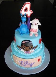 Doc McStuffins Cake - Custom Cakes by Julie