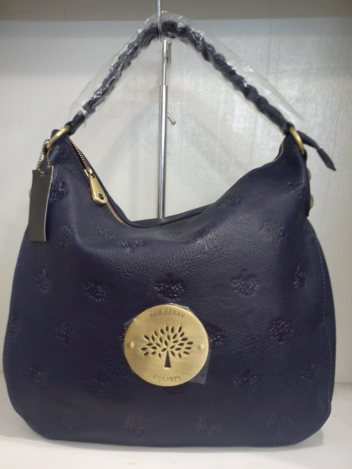 08df27d4677 Mulberry Handbag. mulberry 2031