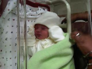 Mi hija con su manta
