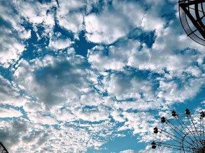 イメージ:青空