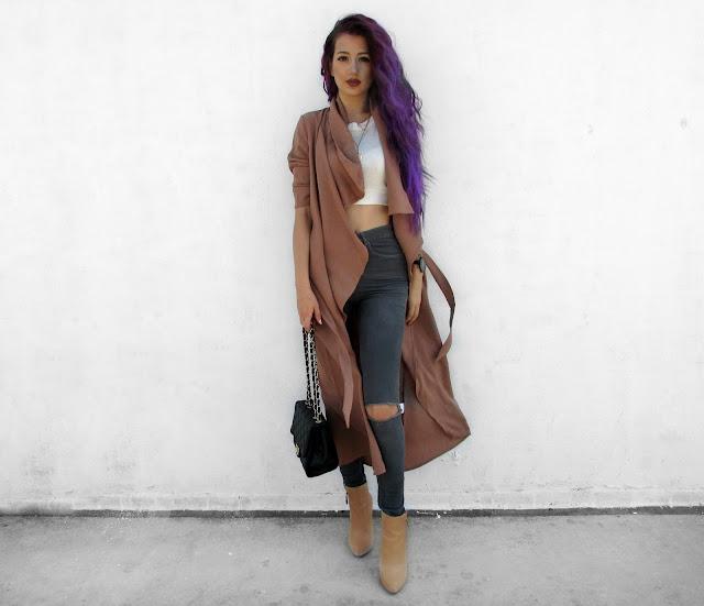 beige coat street style 2016