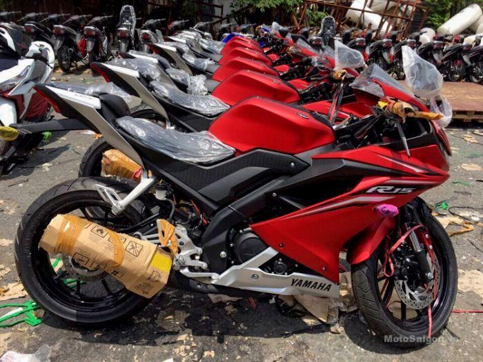Di ekspor keluar negeri, adakah perbedaan All New Yamaha R15 V3 versi ekspor dan lokal ?