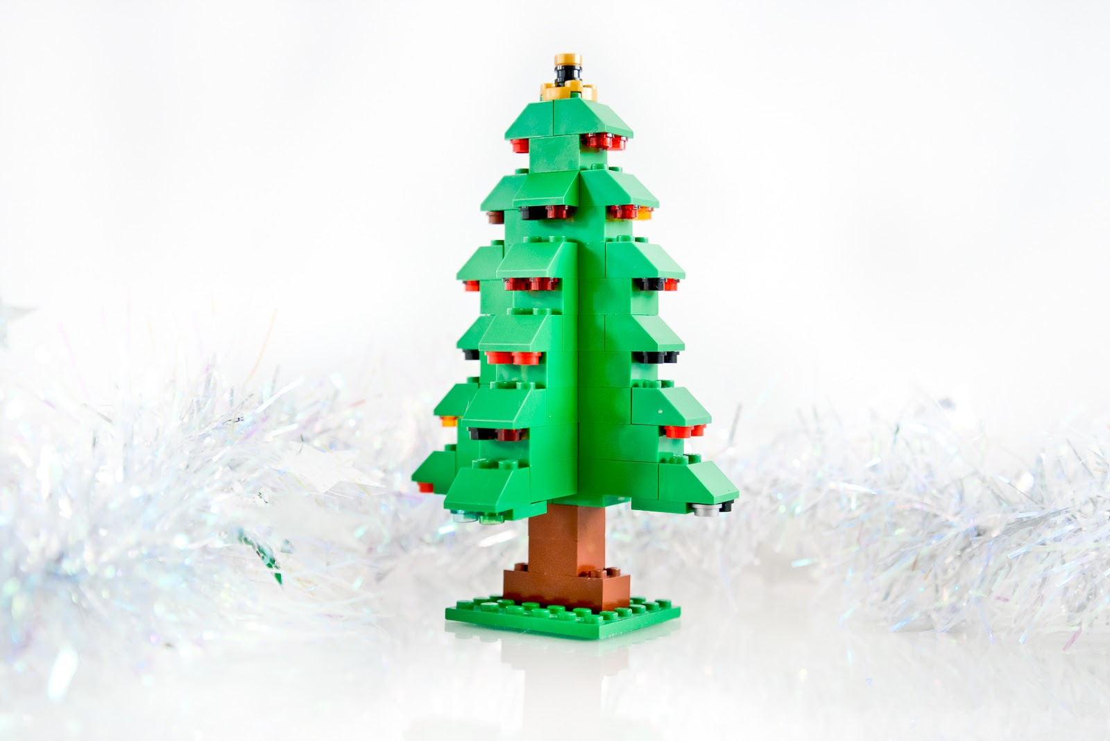 christmas lego, DIY christmas lego ornaments, DIY lego christmas decorations, Lego Christmas tree