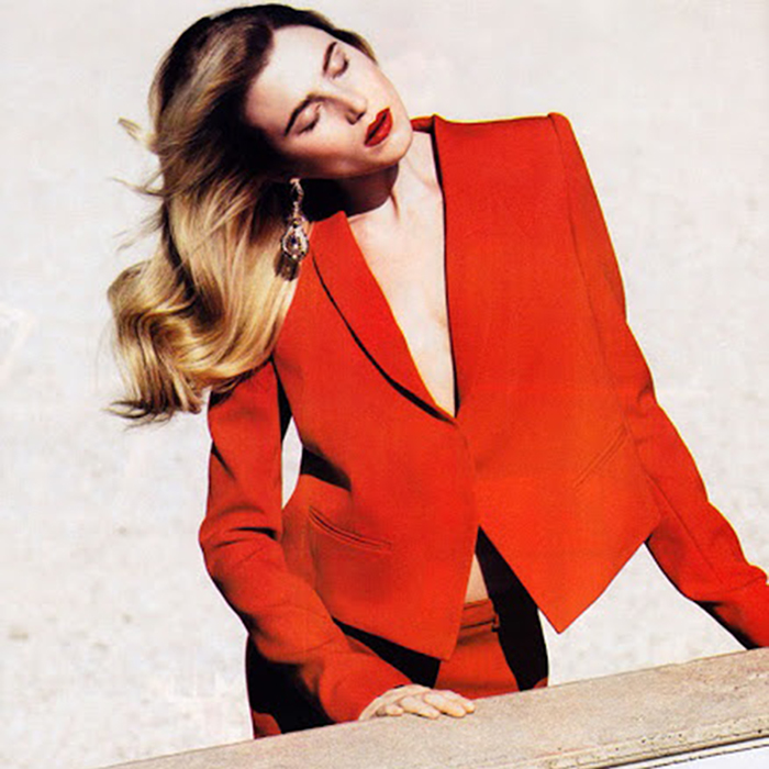 Trend Report | Power Red