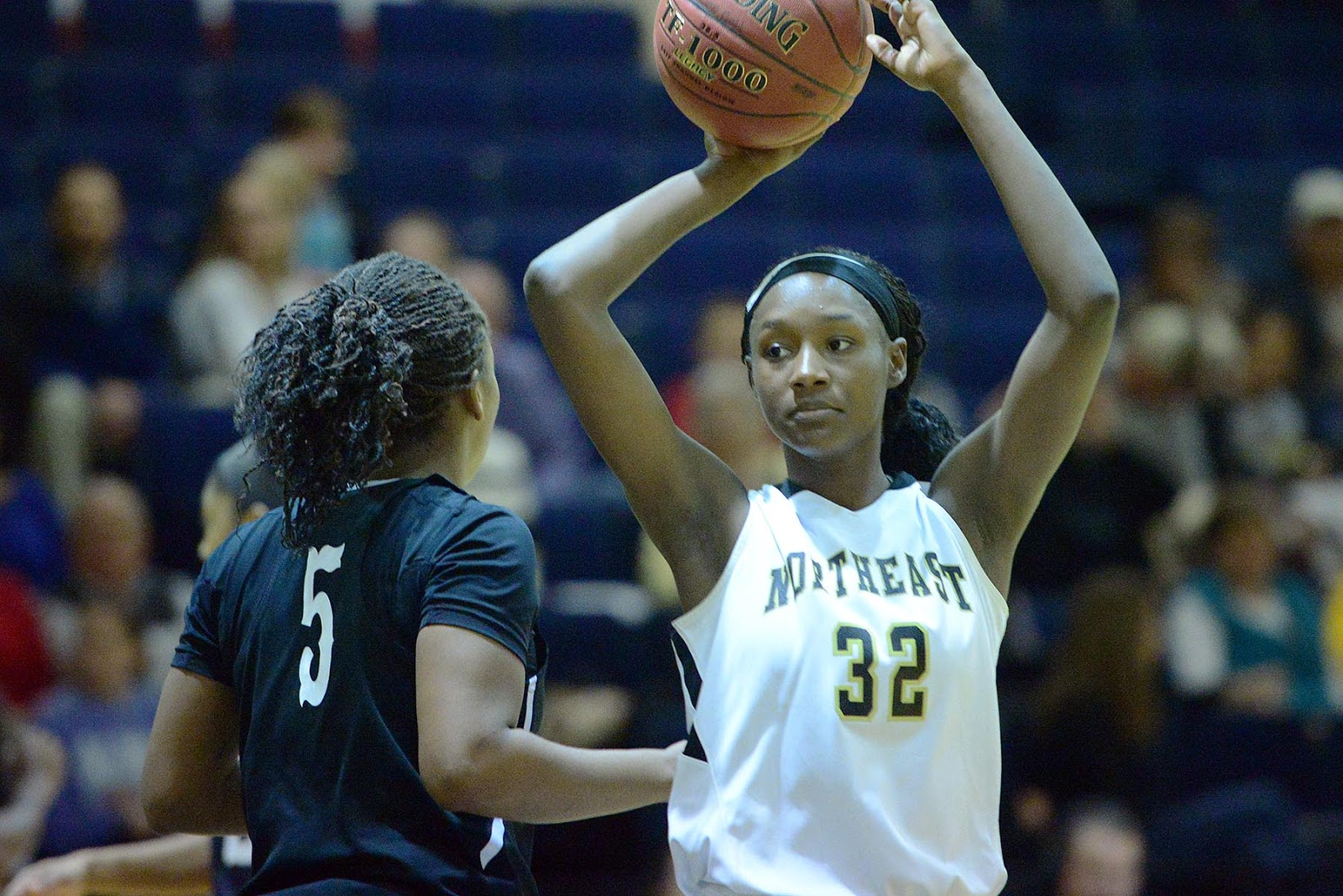 3aca23fae9 A pair of Corinth natives helped the Northeast Mississippi Community College  basketball programs to their first doubleheader sweep of the 2016-17  campaign.