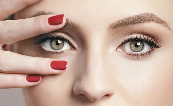 Como Eliminar Bolsas dos Olhos em 15 Minutos