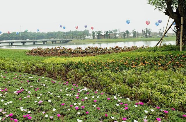 Tempat Wisata Danau Buatan Taman Meikarta Di Cikarang
