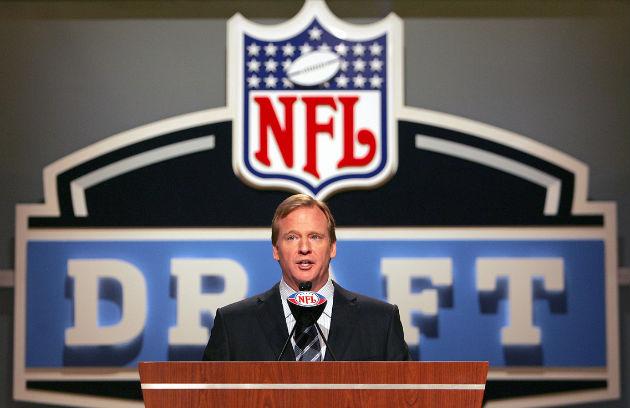Le commissaire de la NFL préside chaque année la Draft