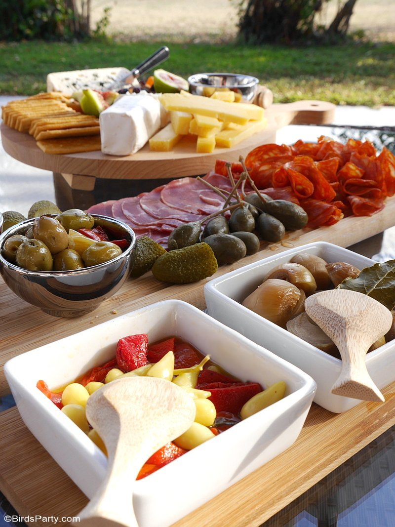 Our Quick U0026 Easy End Of Summer Patio Party Ideas, A Grazing Charcuterie  Board And