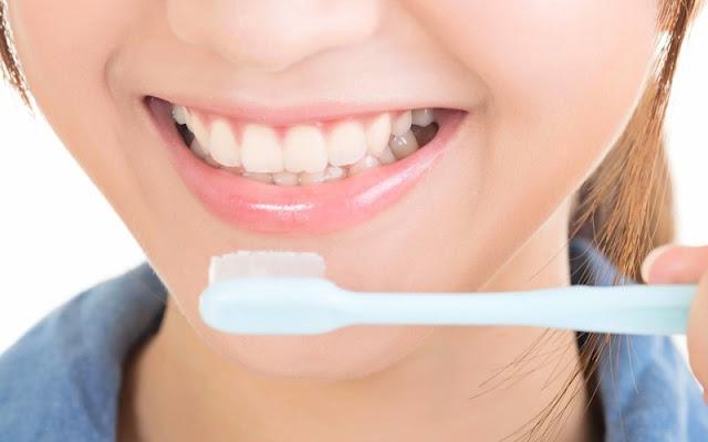 Cara Mengobati Gigi Berlubang dengan Bahan Alami