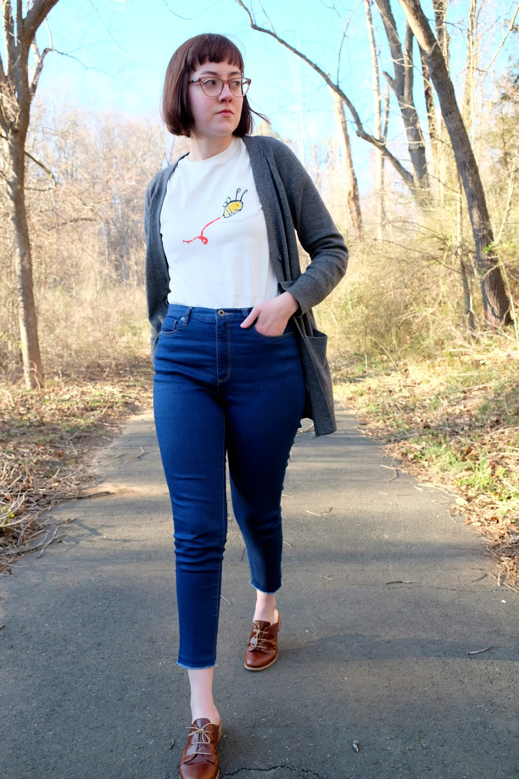The Orenda Tribe bee shirt ethical and organic and helps refugees stylewise-blog.com