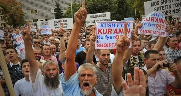 #Metohija #Srbija #ISIS #Kalifat #Albanci #Srbi #terorizam
