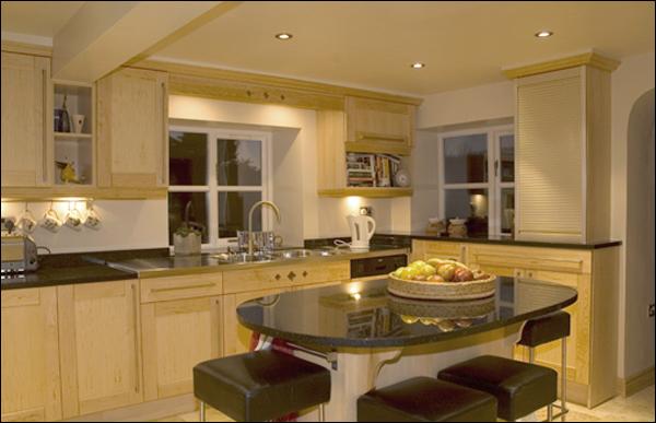 cuisine bois naturel stephanie space. Black Bedroom Furniture Sets. Home Design Ideas