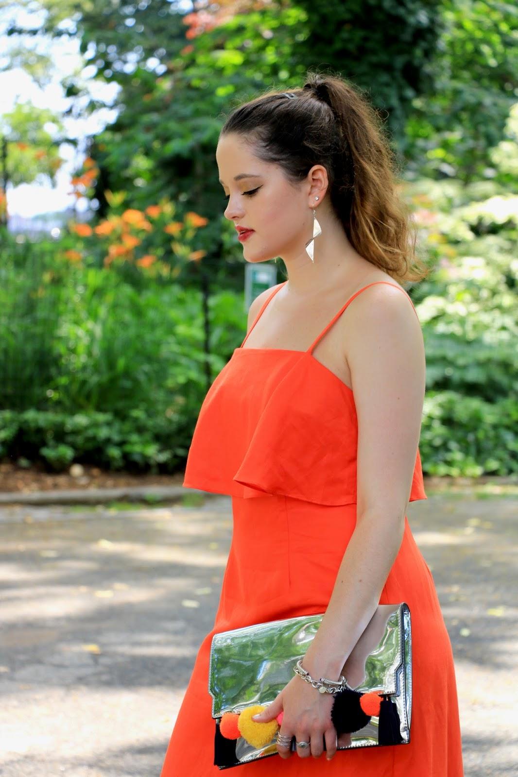 Fashion blogger Kathleen Harper of Kat's Fashion Fix showing wedding outfit ideas