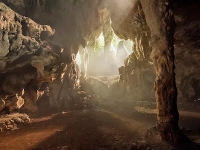 Ιρλανδία: Εντοπίστηκαν σε σπήλαιο ανθρώπινα οστά που χρονολογούνται από το 3600 π.Χ.