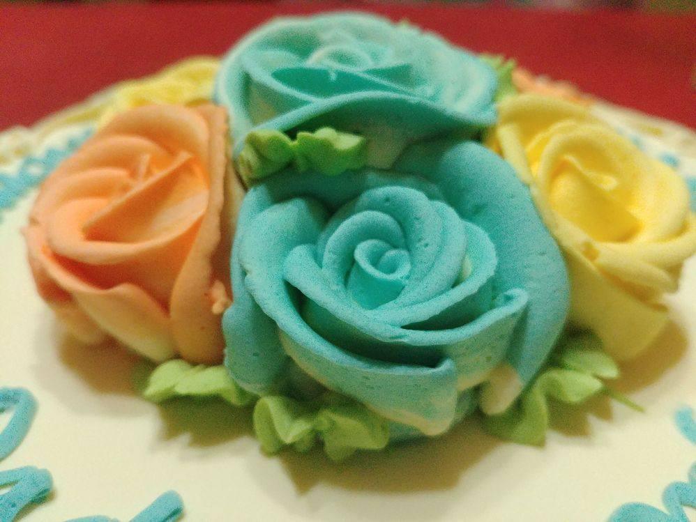 Estrel's Caramel Cakes blue icing