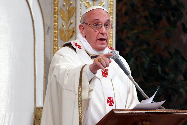 """Resultado de imagem para Papa diz que festas de Natal são uma """"farsa"""""""