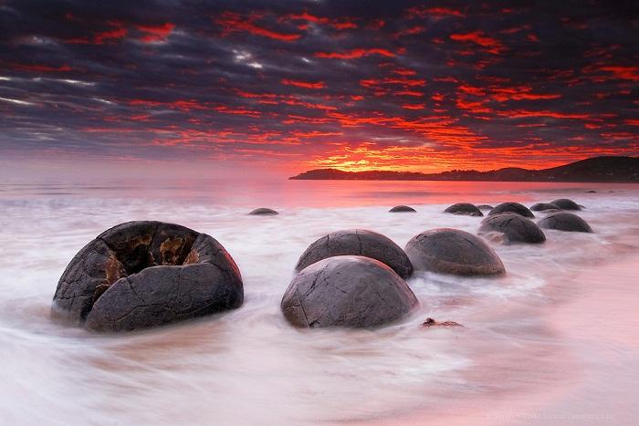 Moeraki Boulders, Pesona Batu-batu Alam di Pantai