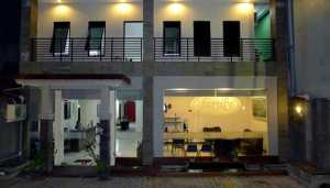 Family Guest House Surabaya