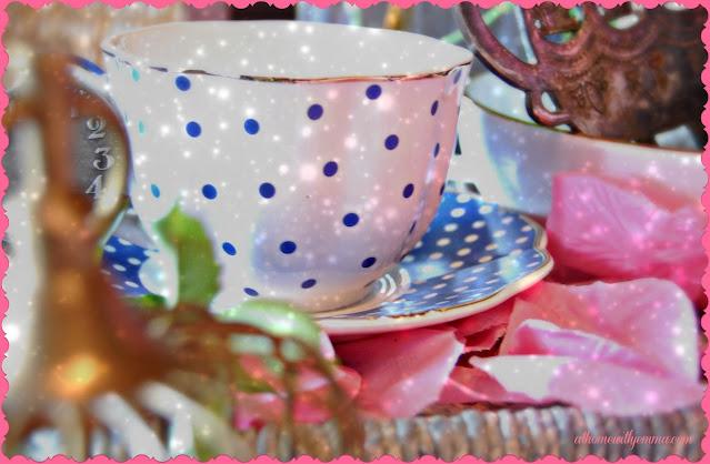 Alice-Wonderland-Mad-Hatter-Whimsy-Pretend-athomewithjemma