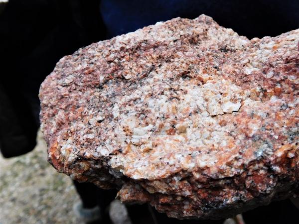 Ardèche, Dunières, Eyrieux, granit, gneiss