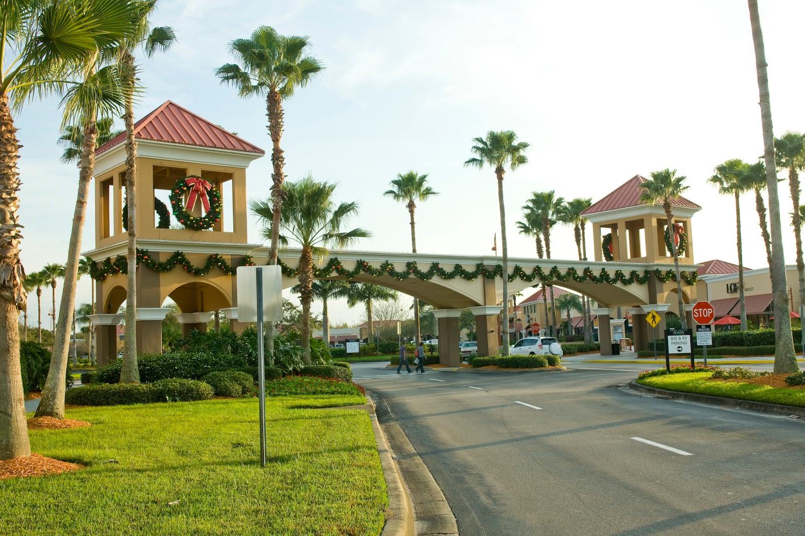 Downtown Decorations Inc Vero Beach Florida