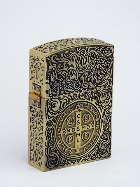 コンスタンティン ZIPPO ライター ムービーサイズ レプリカ 6面彫り #2 DSCF5986