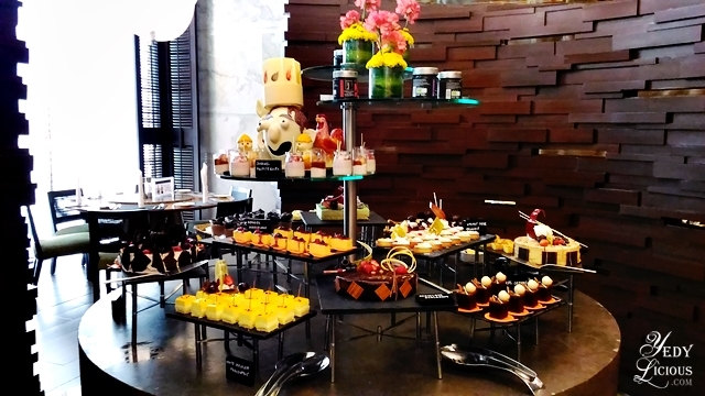 Cucina buffet at marco polo ortigas manila weekday craze for Cucina g v hotel