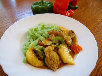 Curry z brzoskwinią
