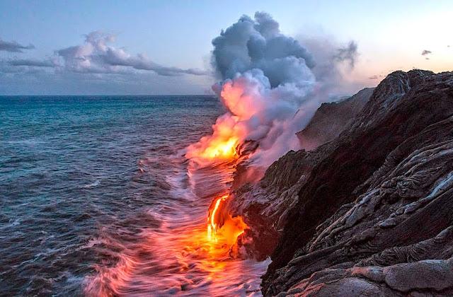 Subhanallah, Api yang menyala Dalam lautan