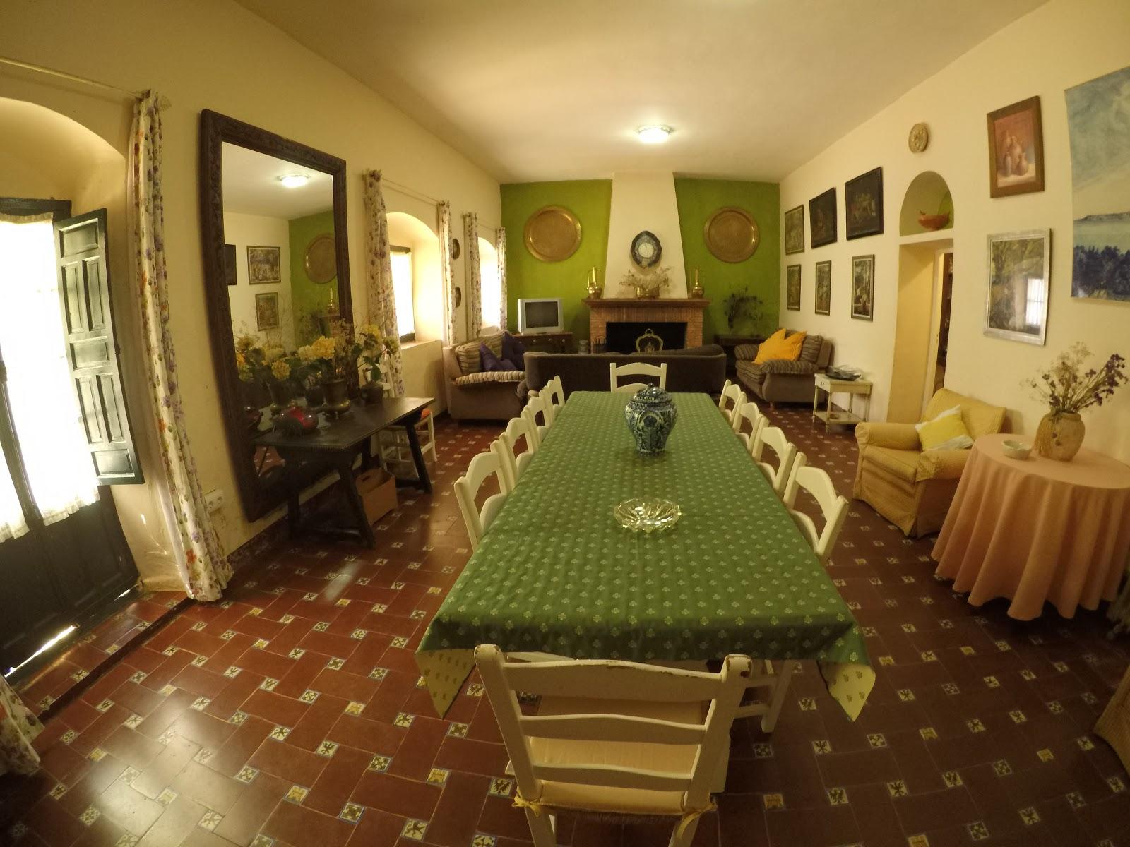 La casa andaluza para 16 personas casa rural en sevilla huerta la cansina - Casa rural 16 personas ...