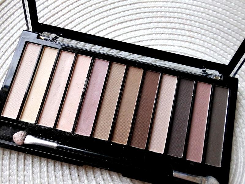 Makeup revolution essential mattes