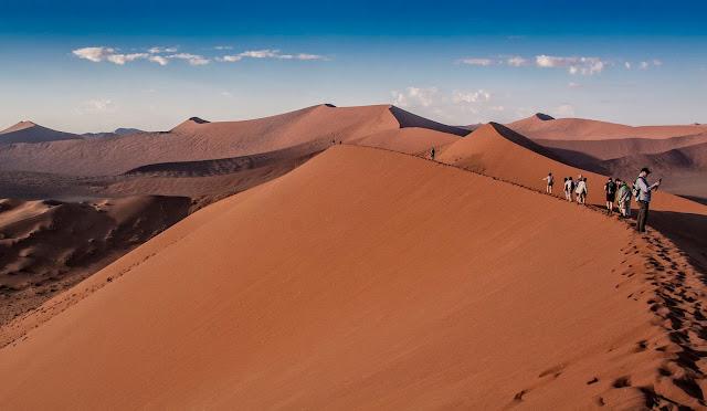 Dunas en el desierto de Namib, en Namibia
