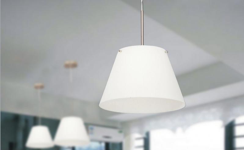 Iluminaci n y l mparas en madrid decoraci n del hogar con - Lamparas para techos altos ...