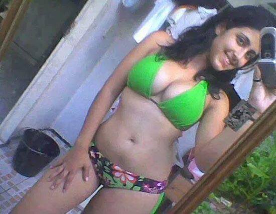 Super hot desi looking girl enjoying with her boy friend 4