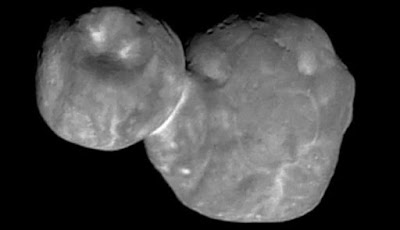Pits and scars on the surface of the asteroid Ultima Thule planet-today.com