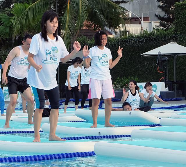floating yoga